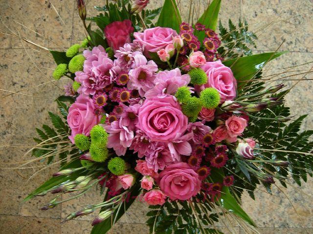 Clic pentru a vedea imaginea mărită Buchet din trandafiri si crizanteme