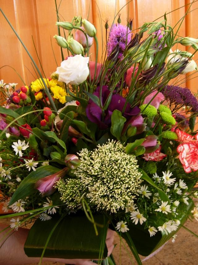 Clic pentru a vedea imaginea mărită Buchet asortat din flori exotice