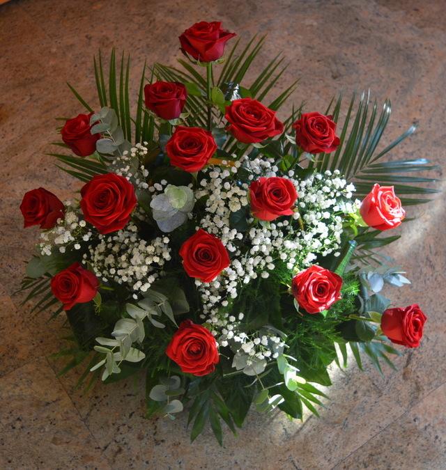 Clic pentru a vedea imaginea mărită Cosulet trandafiri